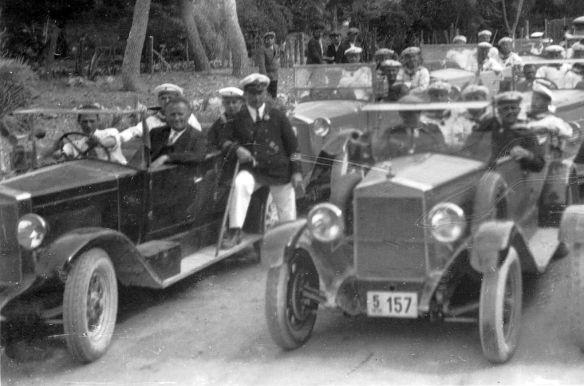 Fiat_taxis_Kreuzer_Königsberg_Catania_1930_Ausschnitt