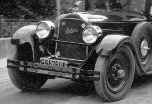 Packard_1926_Fiat_späte_1920er_Schweiz_Ausschnitt2