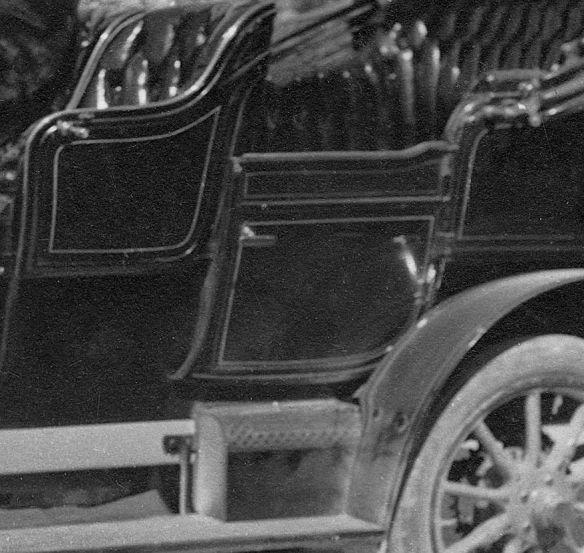 Lion-Peugeot_VC2_frz_Ak_1909_Seitenpartie