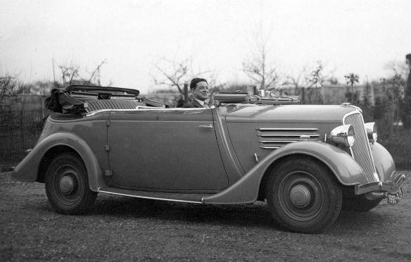 Renault_Primaquatre_1935_Galerie