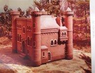 Maquette van het kasteel van Jut en Jul voor Kunt u mij de weg naar Hamelen vertellen, mijnheer? (KRO, 1975)