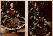 Martien van den Dijssel met maquette Hallo medemens (VARA, 1980). Decorontwerp Mia Schlosser. Collectie Martien van den Dijssel