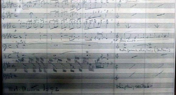 Fragment van de bladmuziek van Dolf van der Linden voor de NTS journaalleader van 1956. Collectie Beeld en Geluid