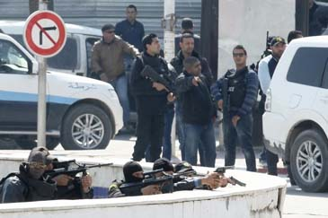 Túnez: cesan a seis comandantes de la policía tras ataque a museo