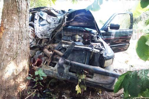 Mueren dos jóvenes en vísperas del Día de Las Madres en Mezcalapa