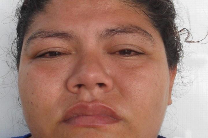 Goteaba a sus víctimas para robarles; fue detenida con droga