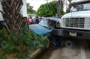 Cuatro heridos en aparatosa colisión