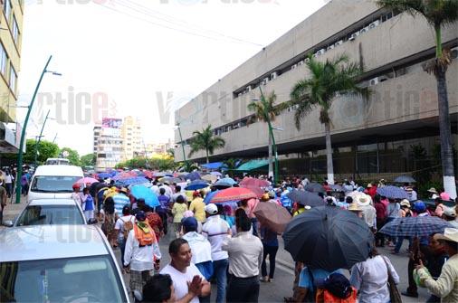 Sección 7 del SNTE continúa en paro de labores en Tuxtla Gutiérrez