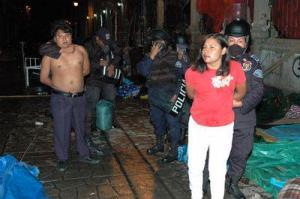 Conmemora CNTE en Hemiciclo nueve años de represión en Oaxaca