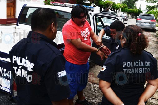 Taxista provoca una peligrosa persecución en Tuxtla