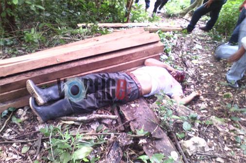 Piden justicia por asesinato de exsíndico y trabajador en Huitiupán