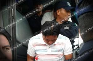 Trasladan a maestros golpeados y detenidos a penal de máxima seguridad