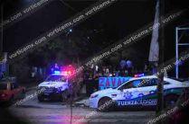 La policía acudió minutos después del reporte para corroborar el crimen.