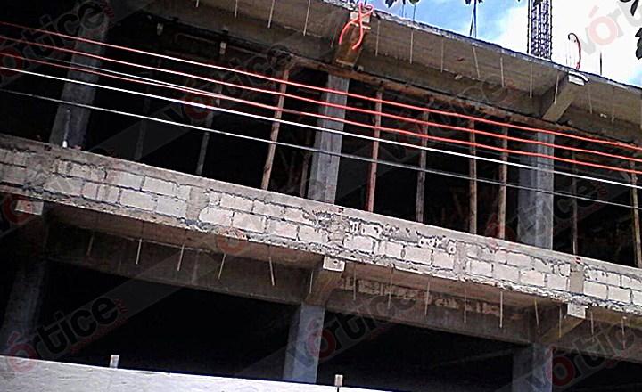 Se electrocuta padre e hijo en una construcción en Tuxtla