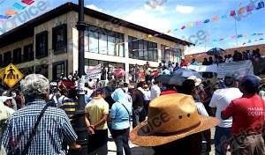 Levantan el bloqueo en San Cristóbal y marchan para exigir destitución del alcalde