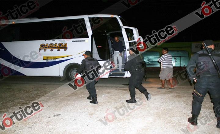 Balea grupo armado a estudiantes en Comitán