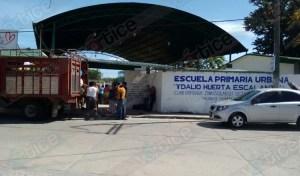 Entrega EZLN las primeras 3 toneladas de alimentos al magisterio en resistencia