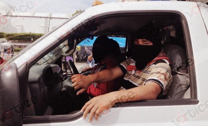 Solidaridad zapatista llega a la capital; entregan más de 5.5 toneladas de víveres a la CNTE