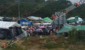 Acuerda Asamblea Popular Regional continuar con el bloqueo en San Cristóbal