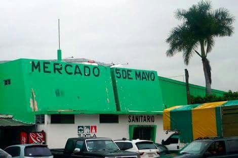 """Localizan feto en los baños públicos del mercado """"5 de Mayo"""" de Tuxtla"""