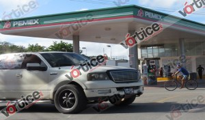Se desata balacera tras asalto a gasolinera