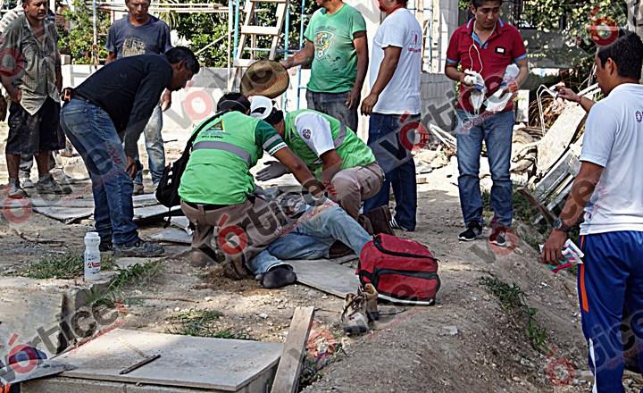 Se electrocuta obrero en Tuxtla; está entre la vida y muerte