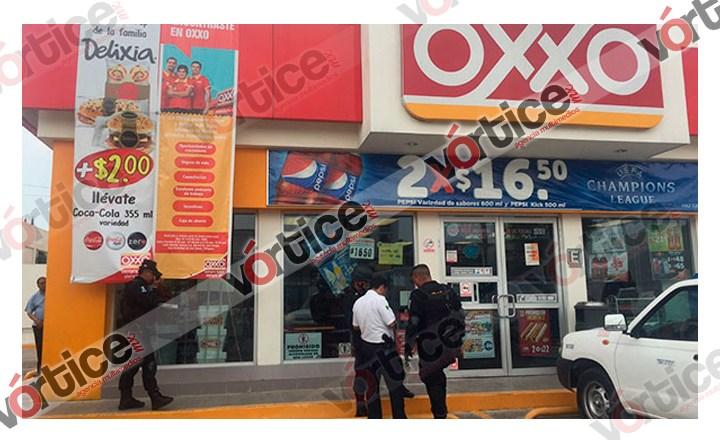 Asaltan tienda Oxxo; Fuerza Ciudadana no interfiere
