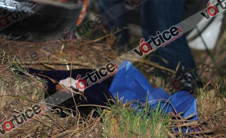 Chofer de Electrón choca contra familia; dama pierde la vida