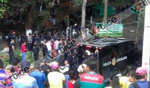 """Golpean y detienen a invasores de """"El Zapotal"""""""