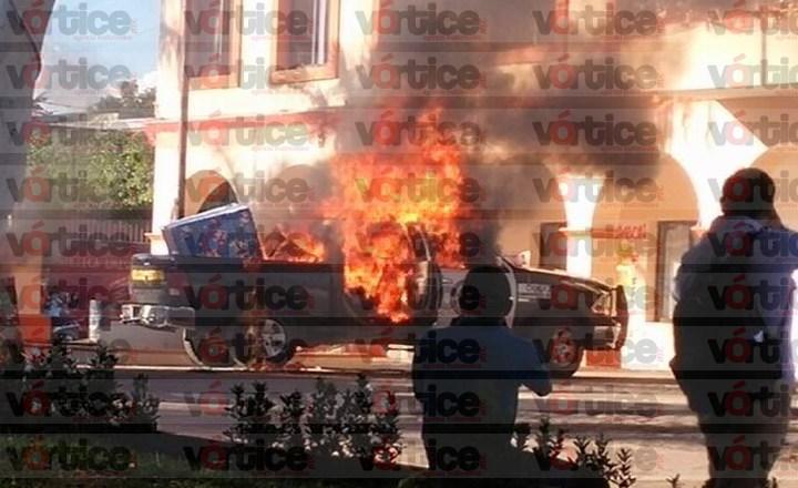 Incendian patrulla y causan destrozos en Frontera Comalapa como repudio a priistas