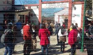 Dejan en la calle a empleados de la Sedespi; temen recorte de personal