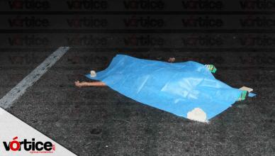 Joven pierde la vida atropellado; una camioneta le destrozó la cintura