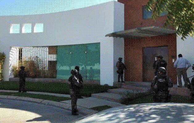Catean casa de los suegros de Duarte en Tuxtla; hallan 1 millón 161 mil pesos