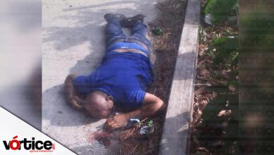 Muere presunto delincuente durante intensa balacera contra la policía