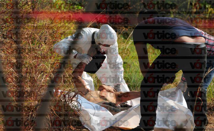 Abandonan cadáver en Chiapa de Corzo; tenía una cinta en los ojos