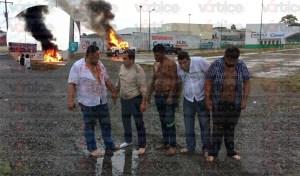 Personas ajenas causan desmanes en evento del Suicobach y son detenidos por maestros de la CNTE