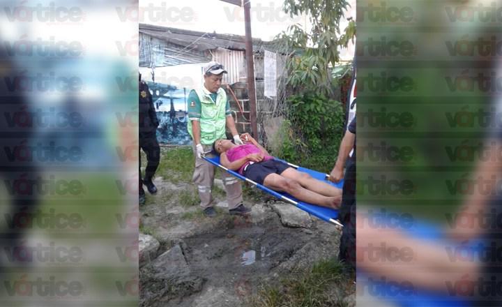 Taxista asalta y acuchilla a su pasajero en Tuxtla