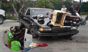 Violenta embestida a joven motociclista en Caña Hueca