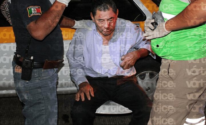 Golpean a taxista en El Cerro del Jolote y policías evitan asalto