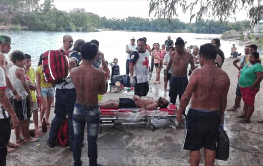 Colonos salvan a bañista de ahogarse en el Río Grijalva
