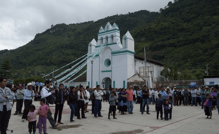 Liberan bajo condición a alcaldesa y funcionarios de Chenalhó