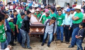 Dan último adiós al líder indígena y militante del Partido Verde en San Andrés Duraznal