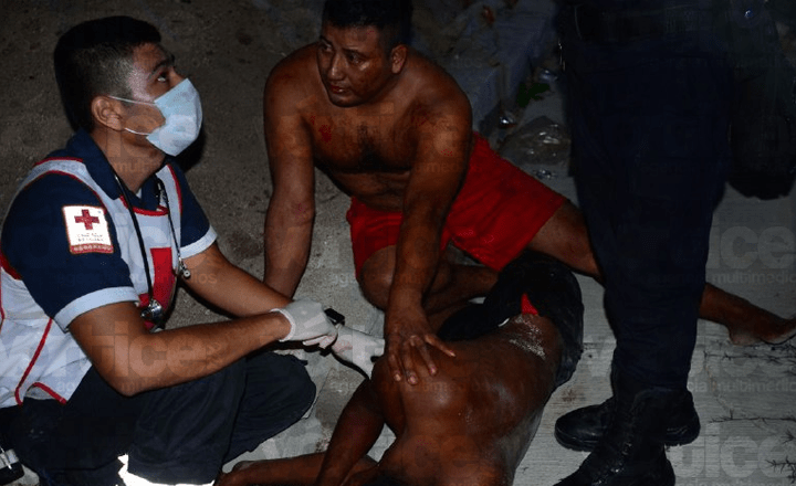Se acuchillan hermanos durante una riña familiar en Chiapa de Corzo