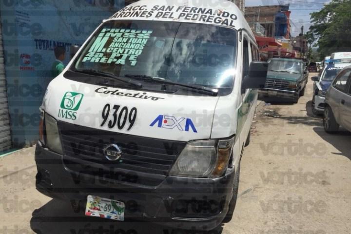 Accidente de colectivo deja dos heridos en Tuxtla