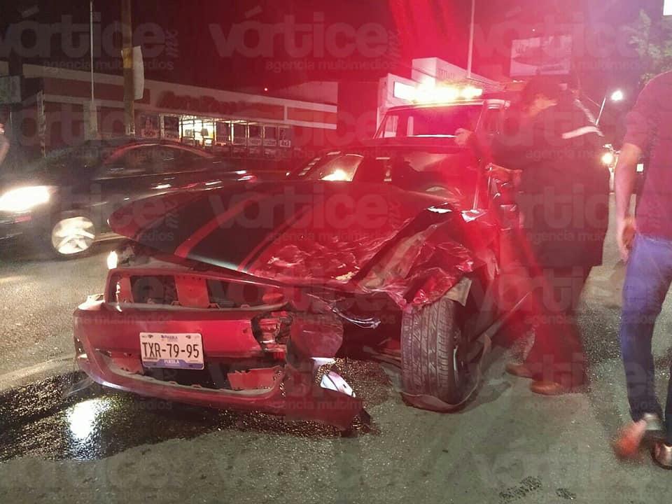 Encontronazo deja dos personas heridas en Tuxtla
