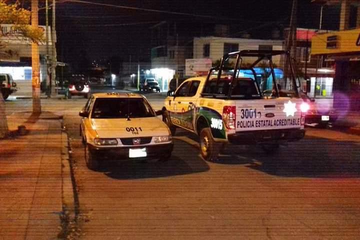 Policía de Fuerza Ciudadana catea y roba a taxista