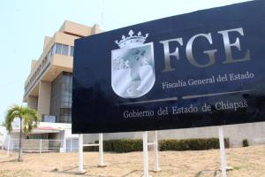 Investiga FGE robo con violencia de un camión en Chilón