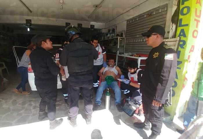 Taxista apuñala con un desarmador a peatón en Tuxtla