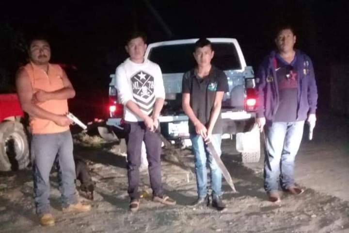 Grupo armado amenaza con ejecutar a 13 ligados con alcalde de Chiapas