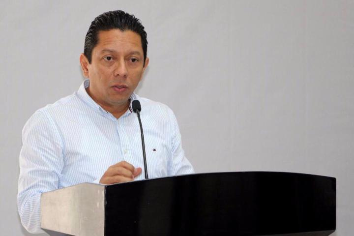 Pide Llaven Abarca a fiscales ser referentes de profesionalismo, eficacia y servicio